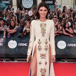 Kendall-Jenner-smiling